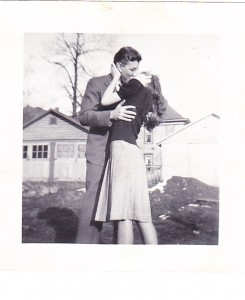 Behold the cutest couple in all of the 1940s.